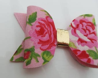 Pink floral medium hairbow