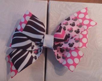 Minnie mouse/zebra design pin wheel