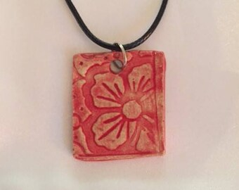 Red Hawaiian Flower Ceramic Pendant Necklace