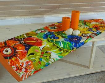 Floral table runner 150 x 40 cm