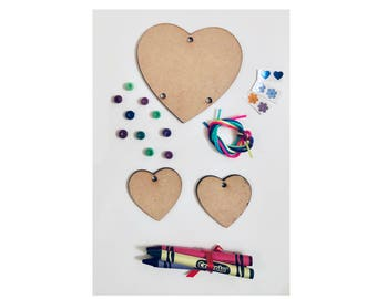 Heart Mobile Kids Craft Kit with Crayons- Mothers Day Gift,MDF Shape,Children's Craft Kit,Child's Gift,Kids Crafts,Decorate Your Own mobile