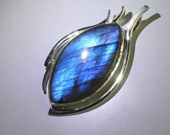 1Pcs 87Cts. 46X27mm  925 Sterling Silver 100% Natural Blue Fire Flash Labradorite Marquise Shape Cabochon Hand Polish Smooth Cut Pendant