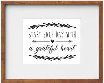 Start Each Day Sign / Start Each Day with a Grateful Heart / Grateful Hearts / Christian Wall Art / Motivational Art / Affordable Art