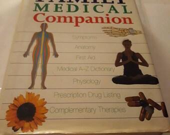 1999 Hardback Geddes And Grosset Family Medical Companion