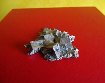 Leaf-shaped Bismuth