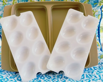 Vintage Tupperware deviled egg carrier storage Almond and White with removable trays