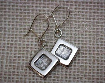 Earrings in sterling silver square