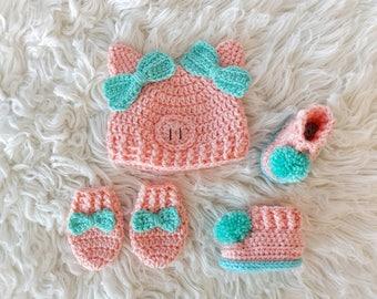 Crochet Piggy Hat -  Crochet Pom Pom Booties -  Pom Pom Booties -  Crochet Animal Hat -  Piggy Hat -  Crochet Mitts - Crochet Bows