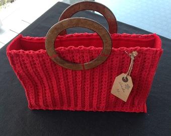 Extravagant rectangular bag with wooden handle