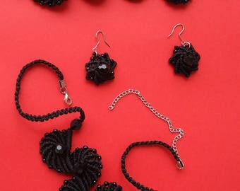 "Decoration-set ""Black pearl"". handmade.micromacrame. black waxed cord, beads."