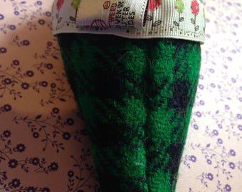 Harris tweed corsage flowers