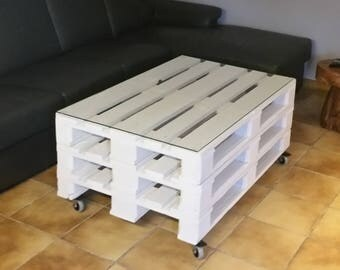 Low industrial pallets white three table