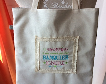 Tote Bag / beach bag / shopping bag is fully lined and embroidered