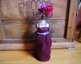 Plum and purple lace jewelry display