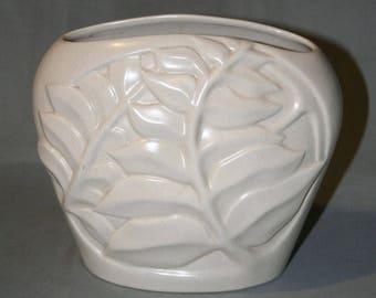 Gladding McBean, Franciscan Ware, Catalina Pottery Vase (Rare Shape)