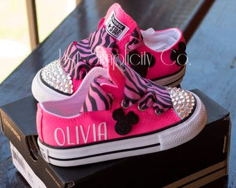 Minnie Mouse Birthday Outfit, Minnie Mouse Baby Shoe, Mickey and Minnie Shoe, Minnie Mouse Outfit Toddler, Minnie Mouse Converse