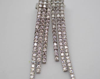 Hanging classic earrings 14 K white gold