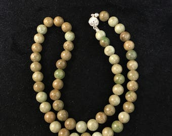 Natural yellow jadeite jade beaded necklace