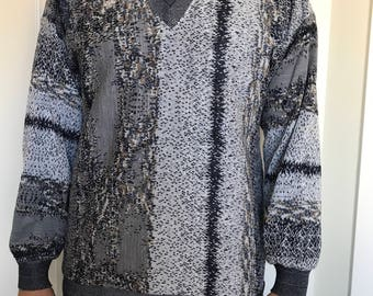Tundra V-neck Canada Men's size Med Coogi style Sweater Cotton Blend 3D