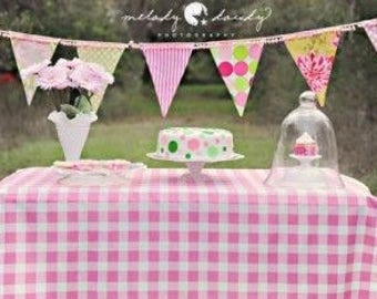 lovemyfabric Gingham/Checkered 100% Polyester Country Style for Picnic Party and Dinner Tablecloth/Overlay