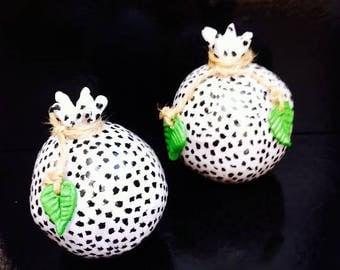 ceramic decorative pomegranate