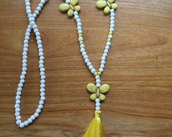 Butterfly howlite necklace