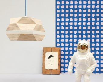 Facet light - dutch design handmade from waste.