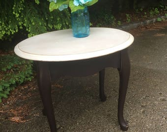 Gorgeous curvy accent table