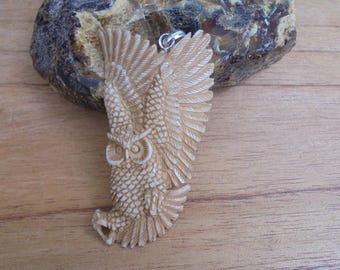 Flying Owl Bone Pendant, Bone Carving in Brown Color, Bali Bone Jewelry OW10NP
