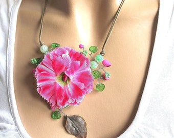 Fuchsia flower jewel necklace and small green leaves