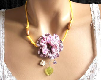 Necklace whimsical wool and yellow satin flower