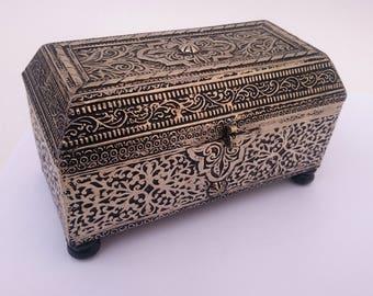 Morrocan handmade jewelry box,Metal box,Metal embossed box,Moroccan traditional box ,Moroccan traditional hand Berber work, Vintage Box