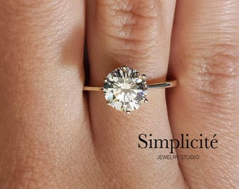 1.74 ct VS1 Round Cut Diamond Solitaire Engagement Ring 14K Yellow Gold