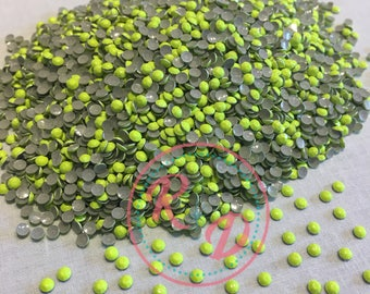 Wholesale Florescent Lime Hotfix 3mm RhineSTUD