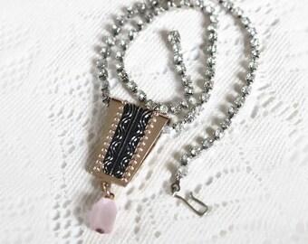 Vintage 1930's -1940's Art Deco, Prong set Rhinestone necklace with pendant.