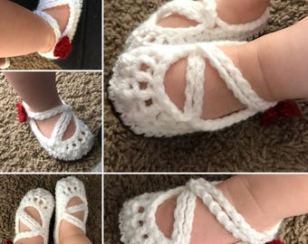 Crochet Baby Mary-Janes