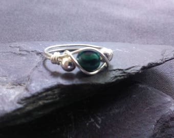 Handmade Sterling Silver 925 Wire Wrapped ring with malachite