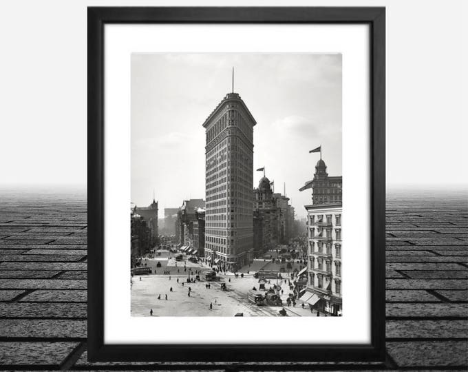 New York City Photography - Flatiron Building Print - NYC Art - City Print - Architecture Print - Oversized Art - New York Art Print, Photos