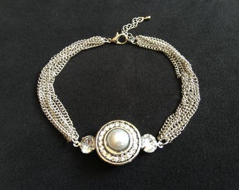 BEAUTIFUL INTERCHANGEABLE CHAINS BRACELET SILVER AND SNAP CHIC RHINESTONE CRYSTAL IN THE CENTER BEAD WHITE PEARL CABOCHON