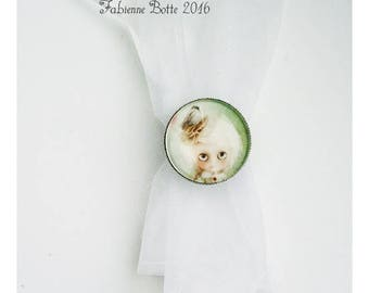 Ring adjustable silver color with 20 mm cabochon.