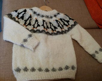 18 months to 2 years child sweater 100% Icelandic wool lettlopi