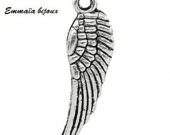 2 charms silver metal wing pendant 17 x 5 mm