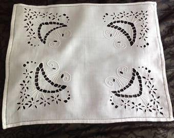 Old thread, embroidery handmade, rectangular doily