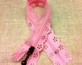 Pink lace zipper - tender - length 20 cm T26