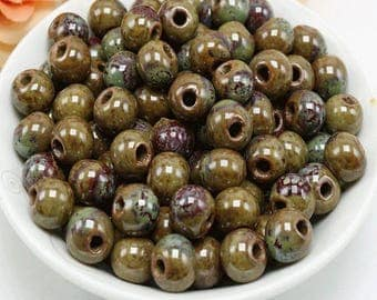 10 pearls ceramic olive green and Burgundy 6mm