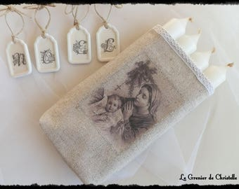 4 Christmas advent candles and small printed linen pouch