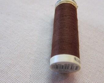 Sewing thread Brown n 650 Gütermann 100% polyester