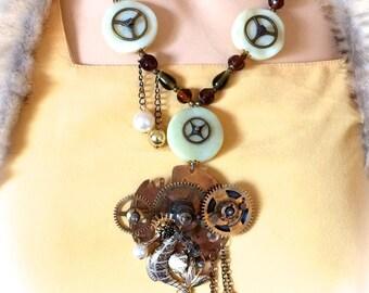 Necklace steampunk vintage designer seabed