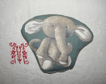 """Elephant"" ref.1565 cotton heating pad"