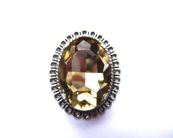 1 cameo and cabochon 25 x 18 mms champagne faceted glass